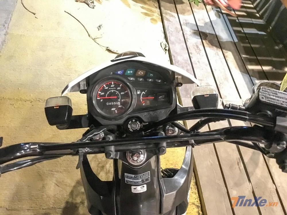 Cụm đồng hồ Analog hoàn toàn của Honda XRM 125 FI