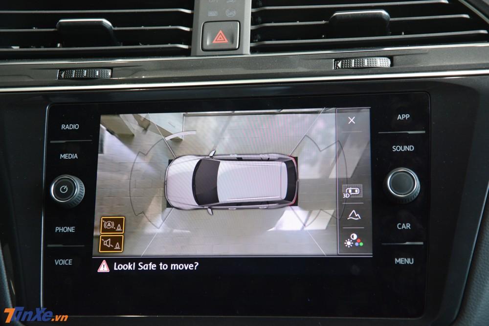 Màn hình hiển thị thông tin Digital Cockpi 12,3 inch chính là điểm mới của Volkswagen Tiguan Allspace Luxury