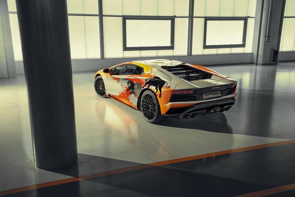 Skyler Grey đã mang tới cho Aventador S một diện mạo hoàn toàn mới, độc nhất vô nhị