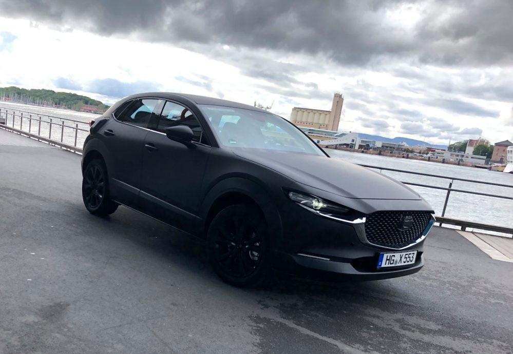 Hình ảnh của nguyên mẫu xe điện Mazda đang được thử nghiệm ở Na Uy