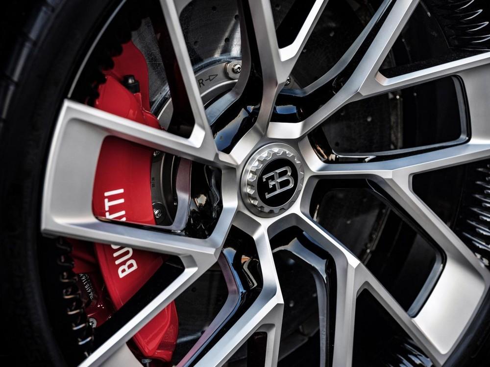 Bộ vành hợp kim 7 chấu cỡ lớn của Bugatti Centodieci
