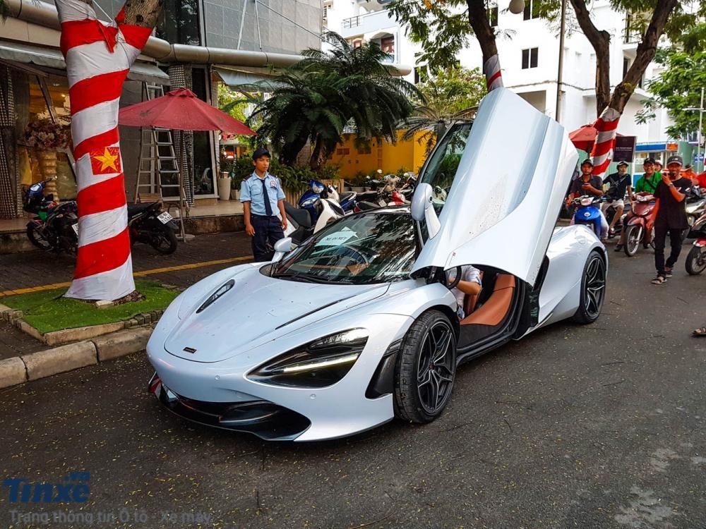 McLaren 720S đầu tiên cập bến Việt Nam có màu sơn trắng Glacier