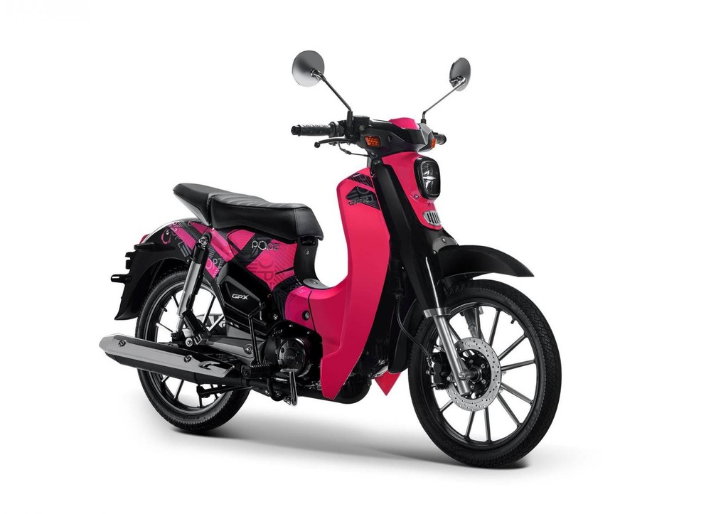 The GPX POPZ 125 car is designed and colored with personality and highlights
