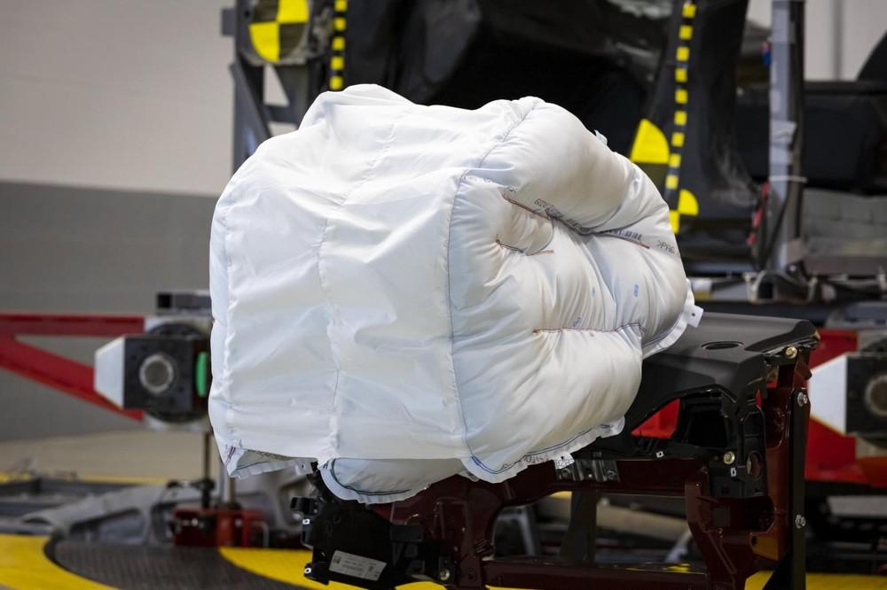 Túi khí thế hệ mới của Honda hứa hẹn tăng cường bảo vệ phần đầu trongva chạm trực diện hơn