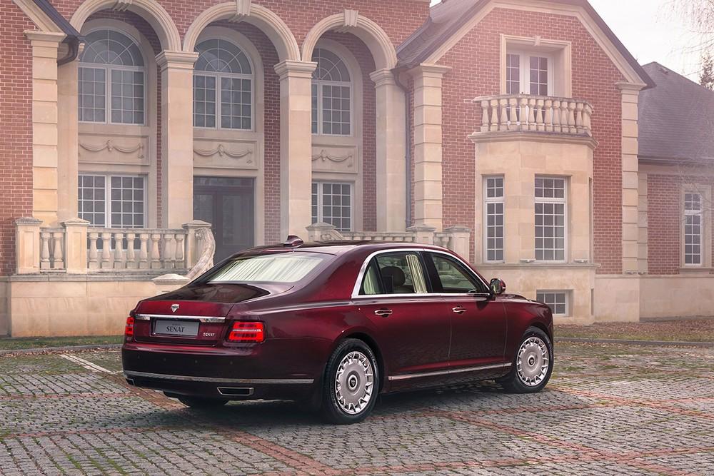 Aurus Senat mang dáng vẻ hết sức sang trọng kiểu Rolls-Royce Phantom