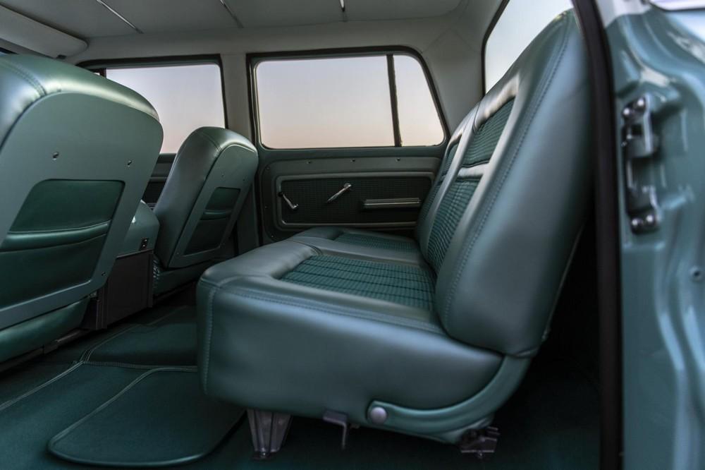 Không gian nội thất của xe trông có vẻ rất rộng rãi
