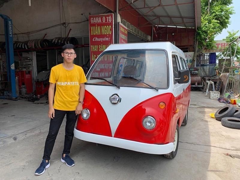 Em Ngô Việt Cường cho biết mình đã may mắn có được sự hỗ trợ rất nhiều từ gia đình khi lắp ráp hai chiếc xe này.