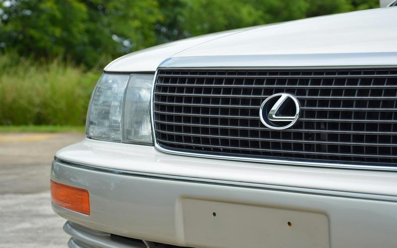 Mọi thứ không hề dễ dàng với Toyota, từ việc chọn và đặt tên cho Lexus