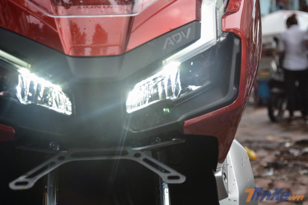 Xe sở hữu đèn pha LED