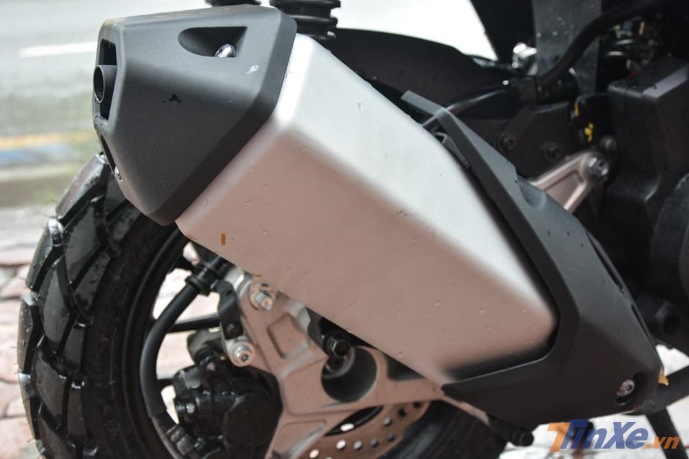 Hệ thống xả của Honda ADV 150 đạt tiêu chuẩn khí thải Euro 4