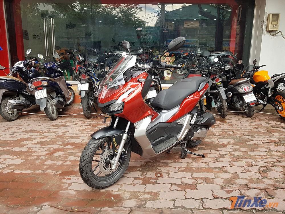Honda ADV 150 tại đại lý ở Việt Nam