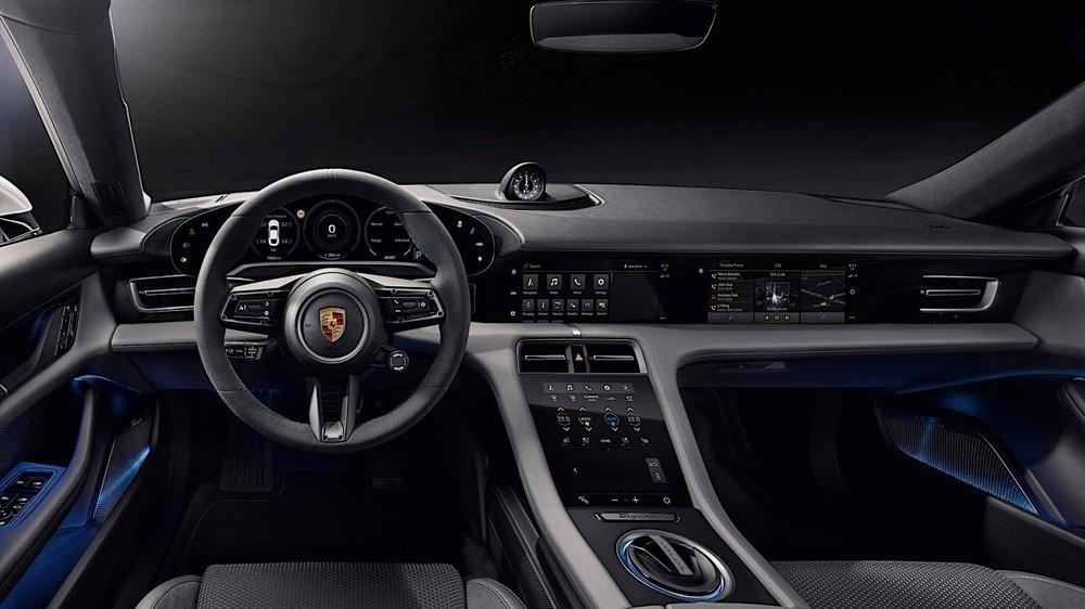 Nội thất của Porsche Taycan mang tính chất công nghệ cao
