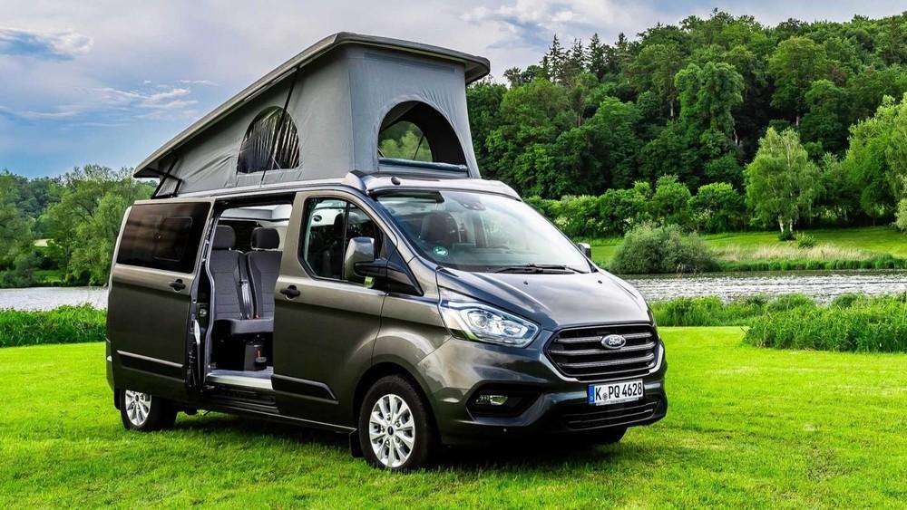 Ford Flexibus mang vai trò một mẫu xe van cắm trại giá mềm và dễ dàng chuyển đổi phục vụ nhiều mục đích