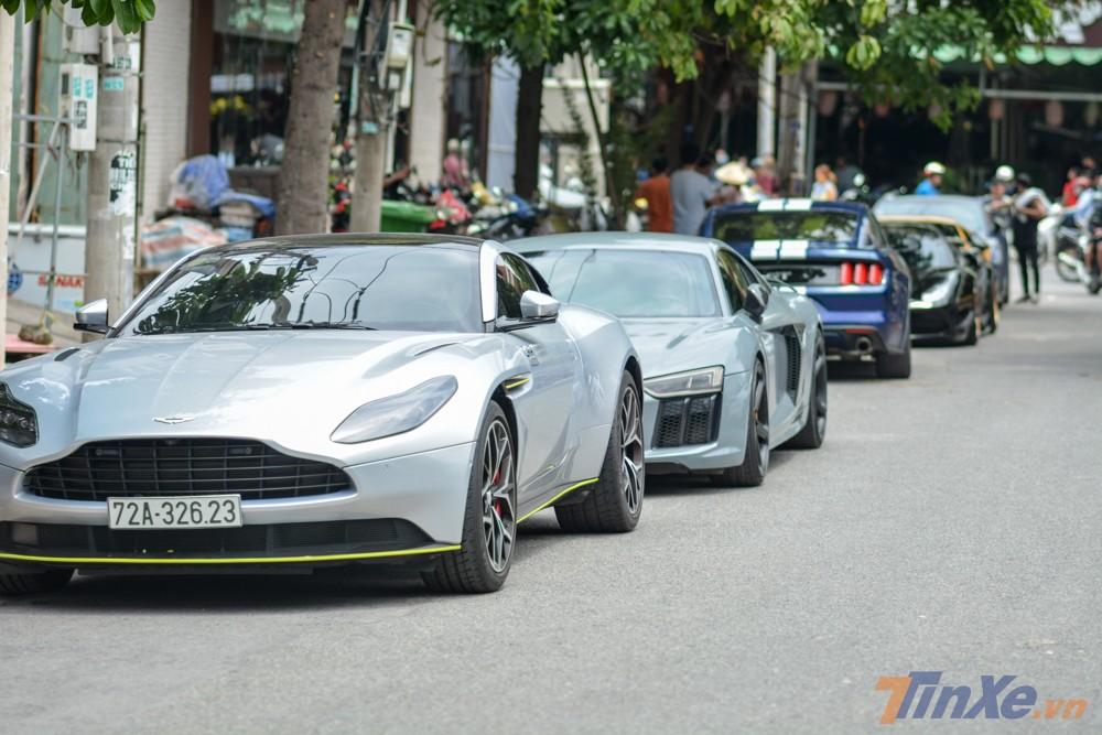 Tại thị trường Việt Nam có 6 chiếc siêu xe Aston Martin DB11 V8 được đưa về nước