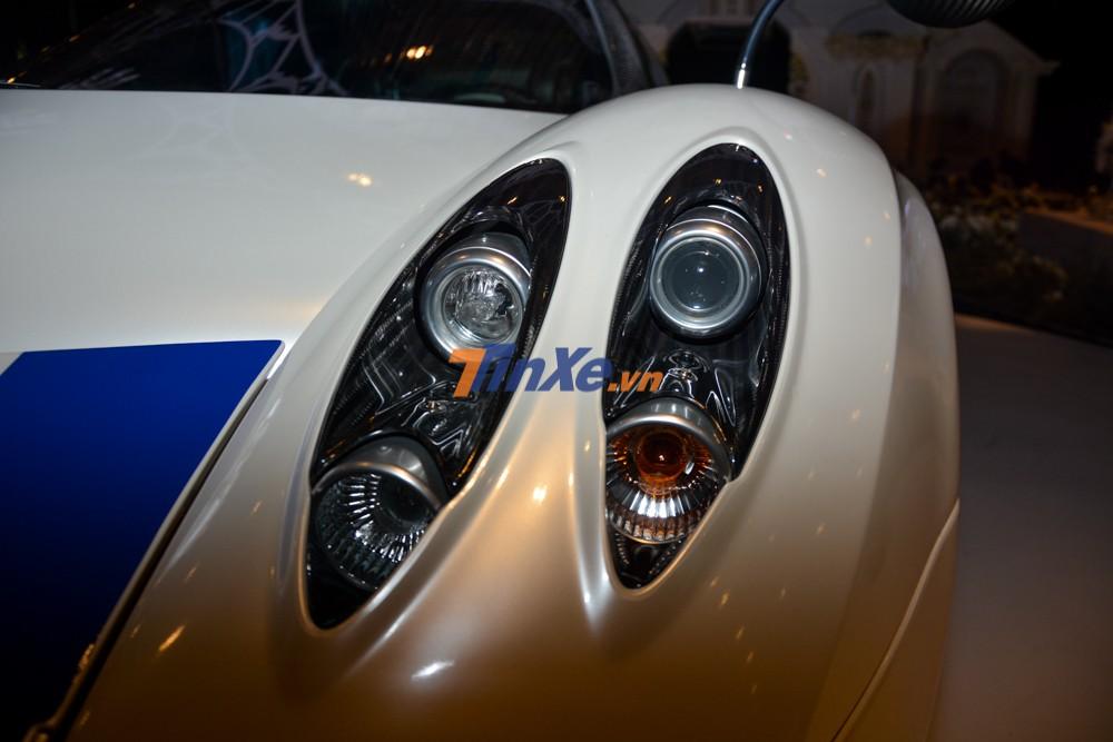 Thiết kế đèn pha của Pagani Huayra