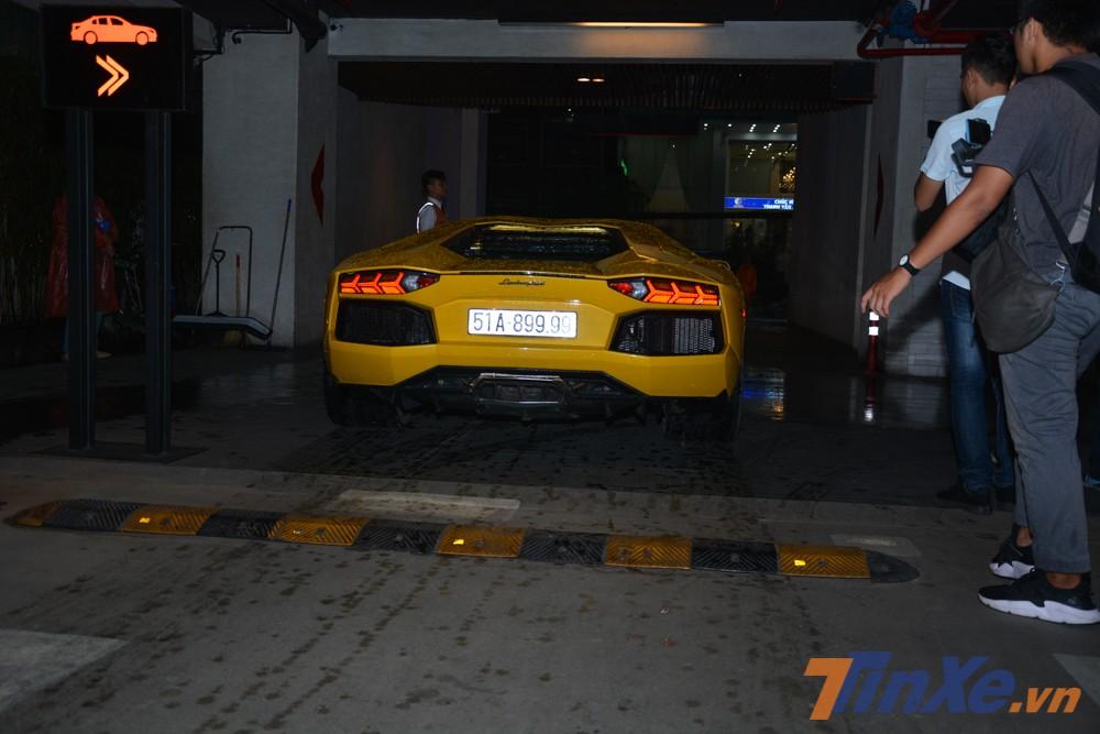 Sức hút của các mẫu siêu xe thường rất lớn khi xuất hiện ở sự kiện