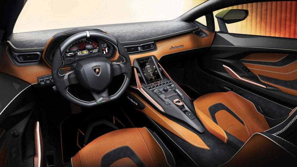 Nội thất vừa sang trọng vừa thể thao của Lamborghini Sián