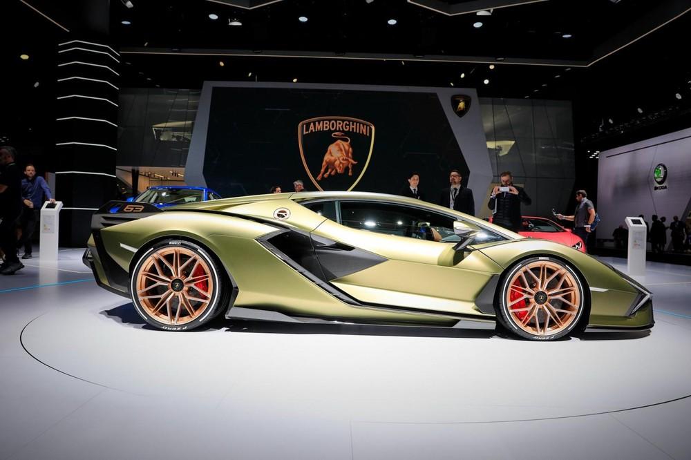 Sián là siêu xe hybrid đầu tiên của Lamborghini