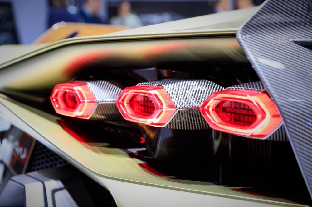Đèn hậu của Lamborghini Sián