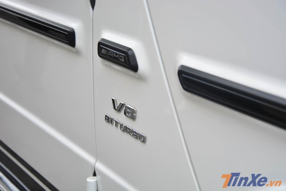 Chiếc Mercedes-AMG G63 Edition 1 màu trắng của Minh Nhựa vẫn sử dụng động cơ xăng V8, tăng áp kép, dung tích 4.0 lít