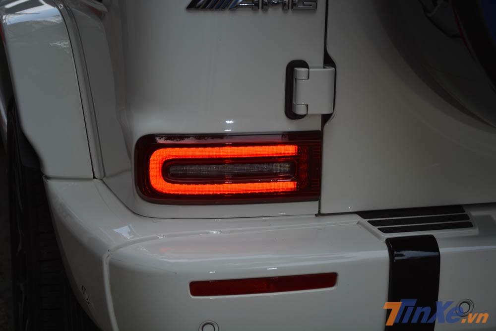 Đèn hậu của xe cũng Full LED và thiết kế nhỏ hơn so với phiên bản cũ