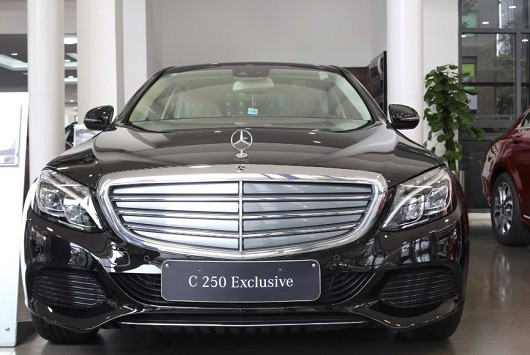 Mercedes-Benz C250 Exclusive Đen Obsidian