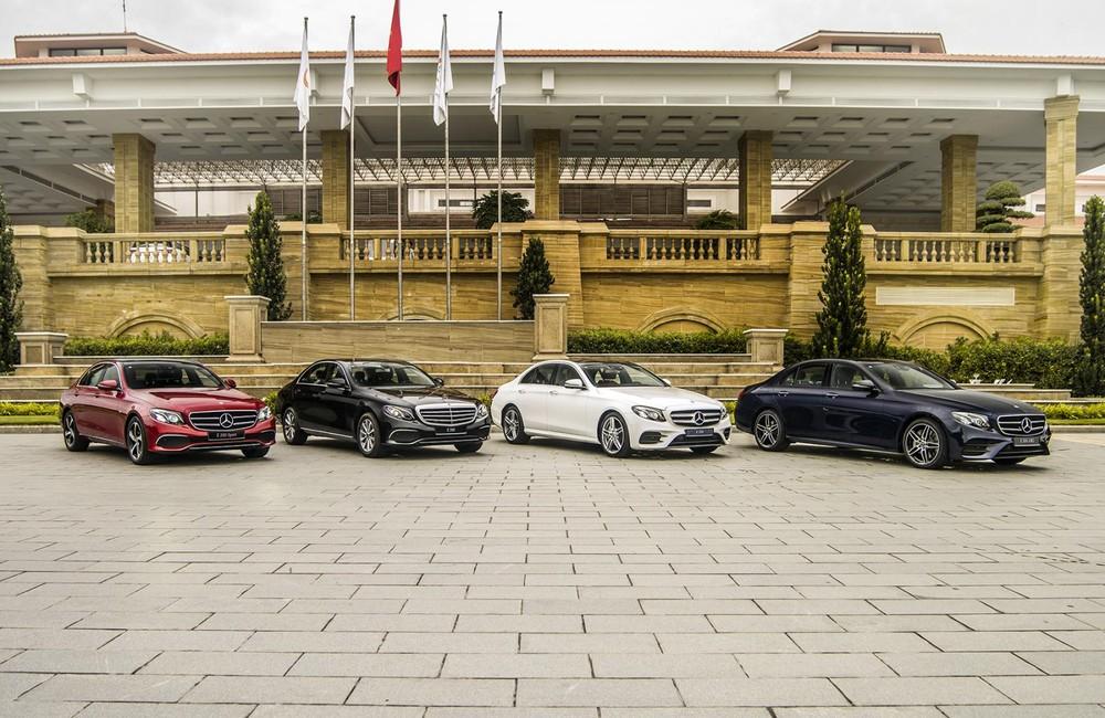 Mercedes-Benz E300 AMG có 4 màu