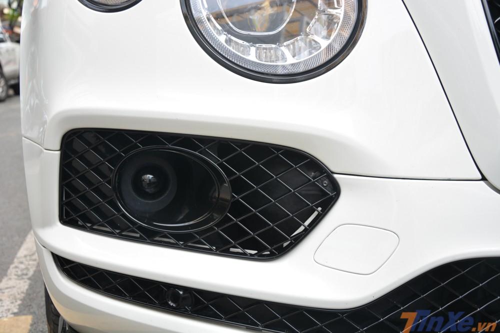Trước khi Lamborghini Urus về Việt Nam, Bentley Bentayga chính là chiếc SUV nhanh nhất tại đây