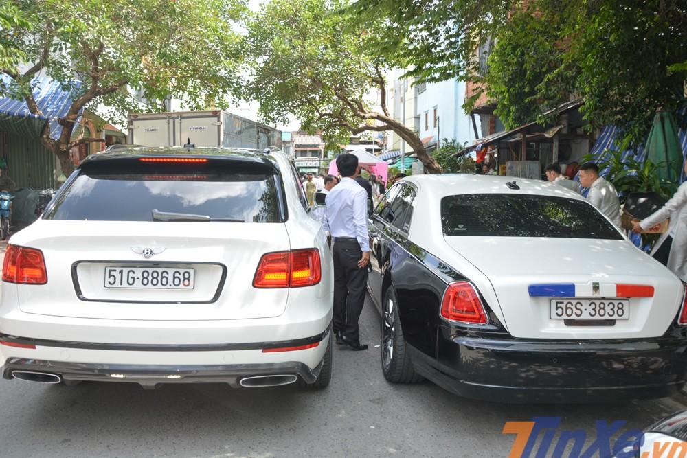 Mẫu SUV siêu sang Bentley Bentayga First Edition và Rolls-Royce Ghost có biển số khá đẹp mắt