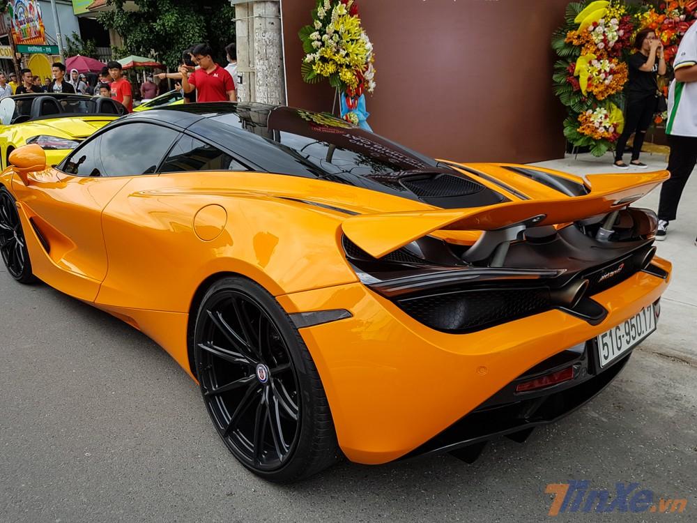 McLaren 720S của Cường Đô-la hiện là một trong số những chiếc siêu xe đua drag nổi tiếng nhất trên thế giới.