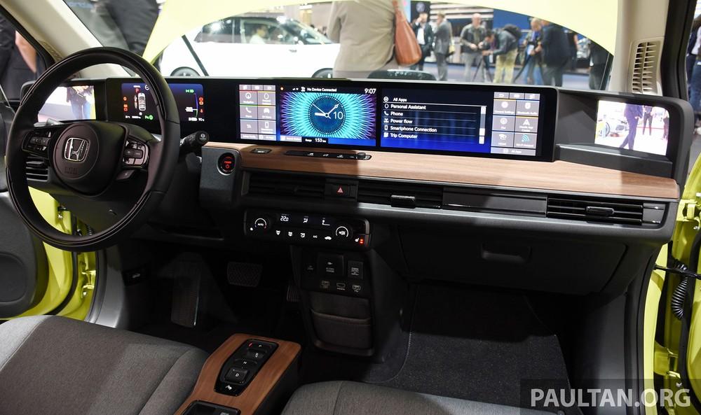 Honda e có tổng cộng 5 màn hình