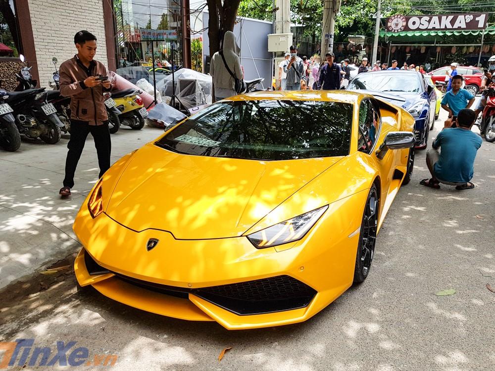 Lamborghini Huracan LP610-4 độ Mansory độc nhất Việt Nam đến dự khai trương nhà hàng Cường Đô-la