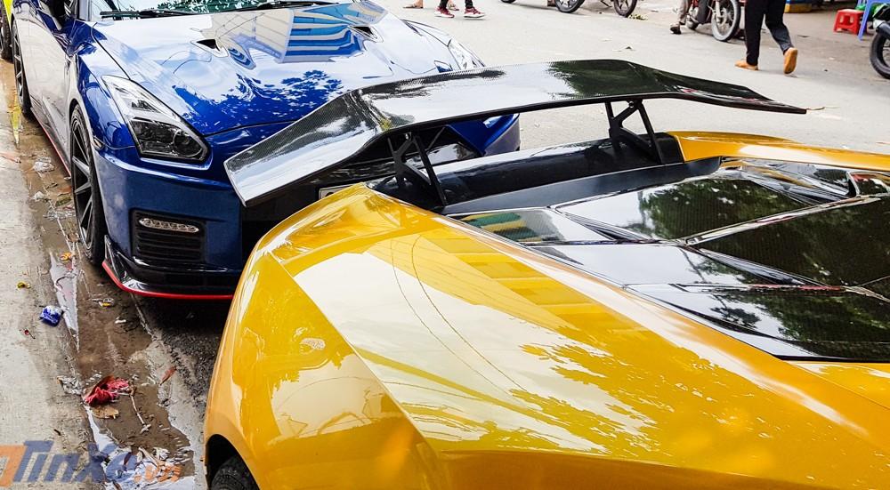 Siêu xe Lamborghini Huracan LP610-4 phủ bụi nổi tiếng nhất Việt Nam