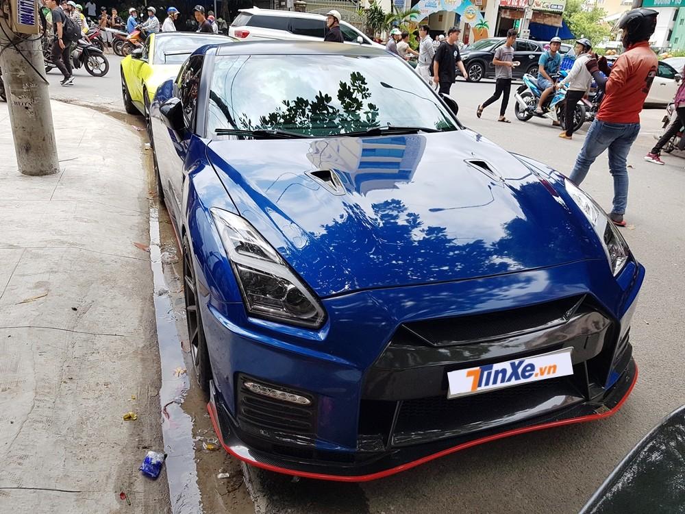 Chiếc siêu xe đường phố Nissan GT-R độ body kit Nismo đến từ Bình Phước