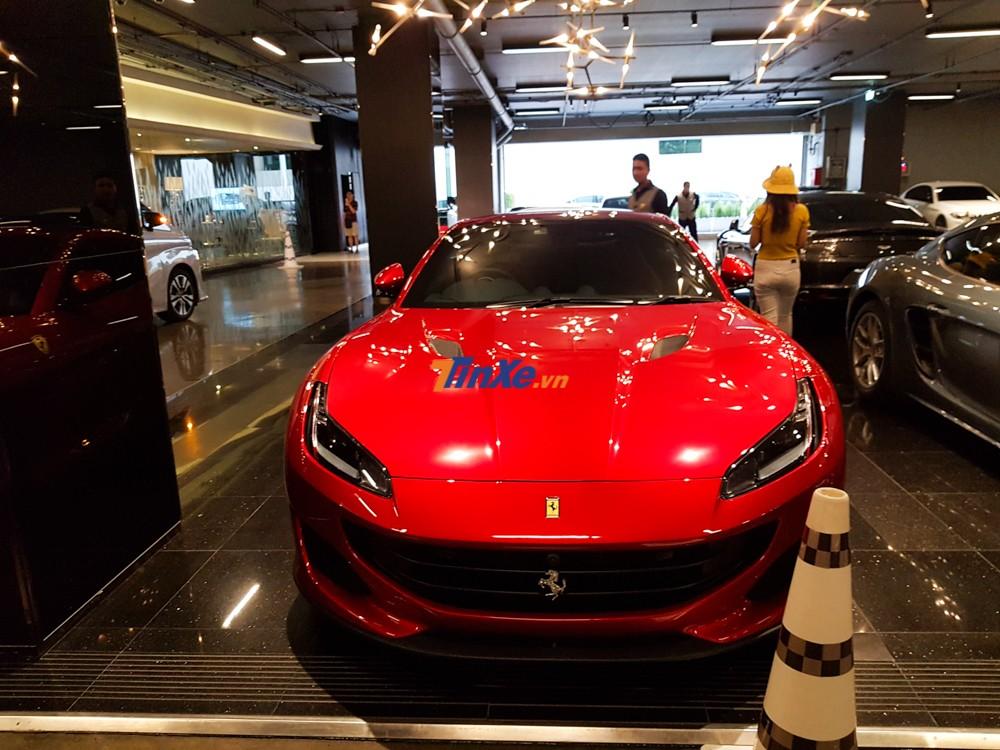 Không bao lâu nữa, giới yêu xe tại Việt Nam có thể mua được những chiếc siêu xe Ferrari thông qua diện phân phối chính hãng