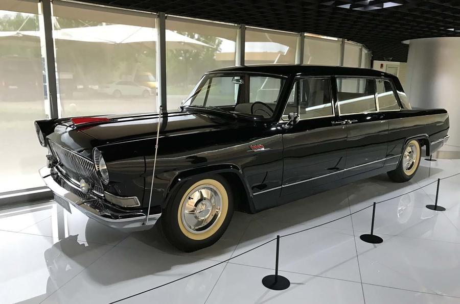 Hồng Kỳ CA770 1974