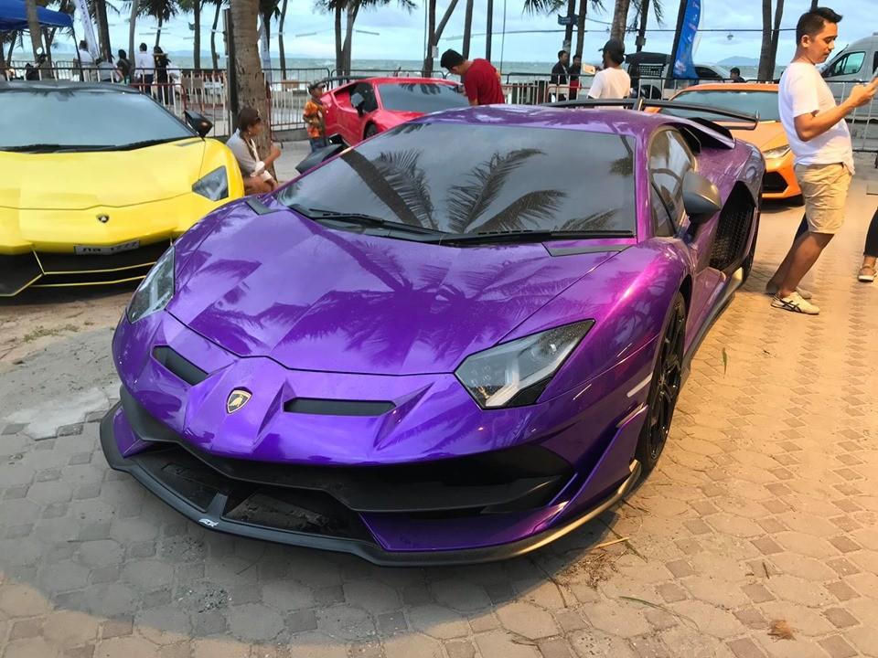 Chiếc Lamborghini Aventador SVJ tại một sự kiện siêu xe ở Thái Lan