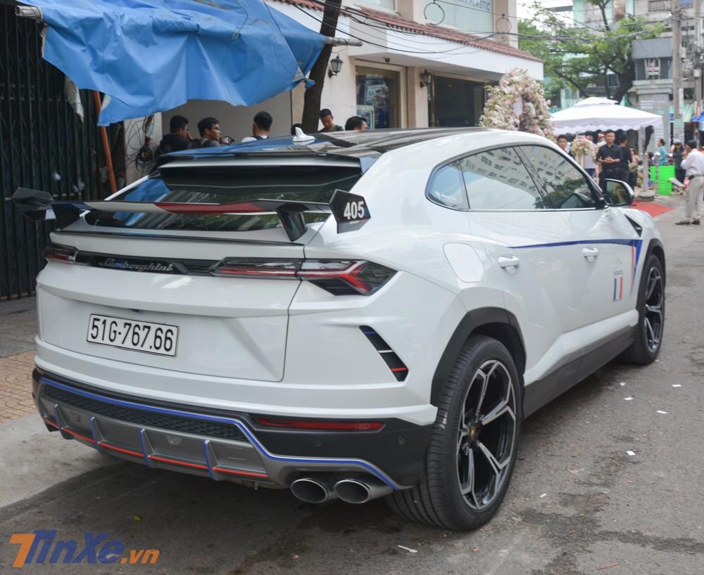 Cụ thể hơn các chi tiết này nằm trong bản độ Lamborghini Urus Venatus đến từ Mansory