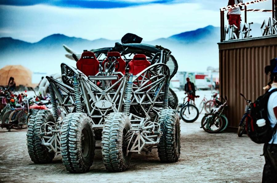 Chiếc Flux Capacitor tại Burning Man