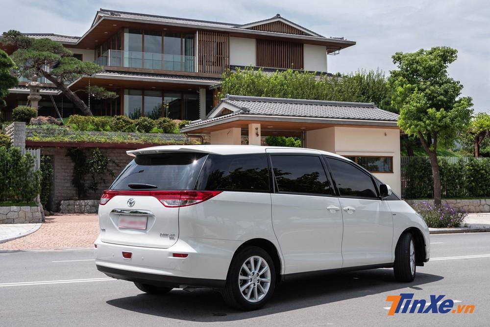 Về kích thước tổng thể, Toyota Previa 2019 có chiều dài, chiều rộng và chiều cao lần lượt là 4.795 mm, 1.800 mm và 1.750 mm