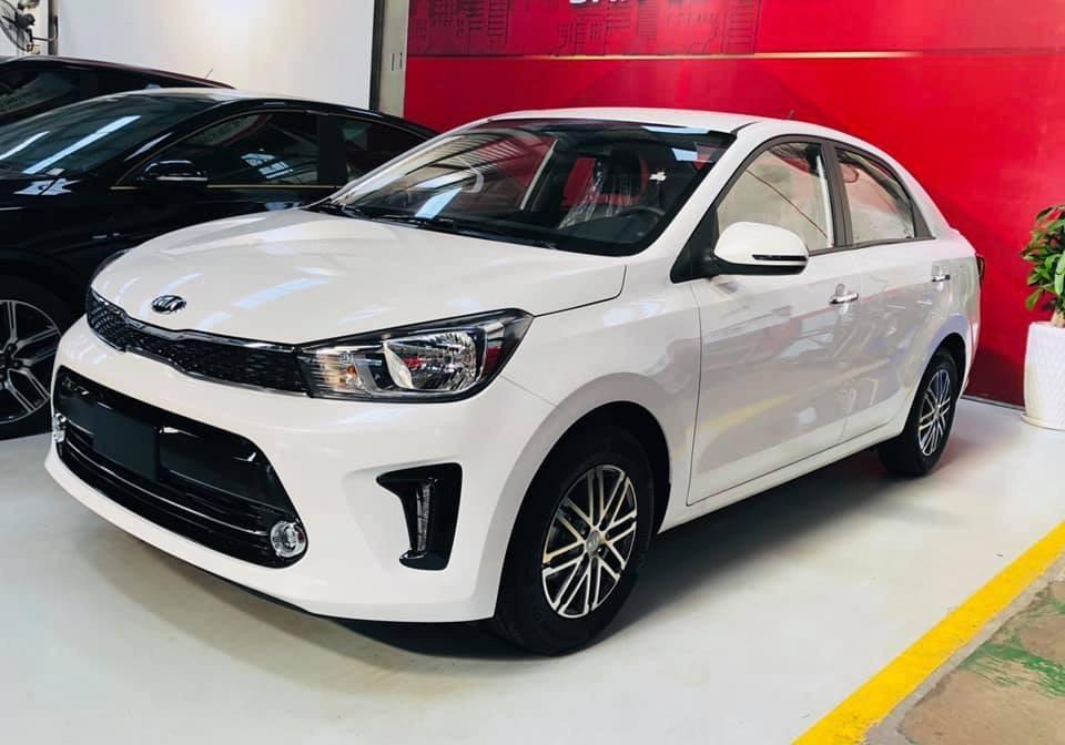 Thiết kế tổng thể của Kia Soluto 2019 khá quen thuộc, giống với các dòng sản phẩm khác của hãng xe Hàn tại Việt Nam