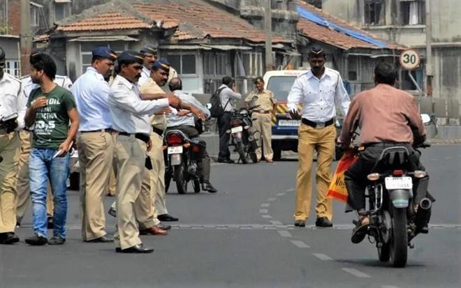Ấn Độ tăng 10 lần mức xử phạt vi phạm giao thông