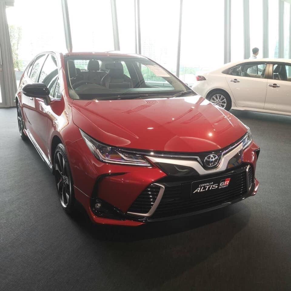 Toyota Corolla Altis 2019 cũng mới chỉ được giới thiệu tại thị trường Thái Lan hồi đầu tháng 9