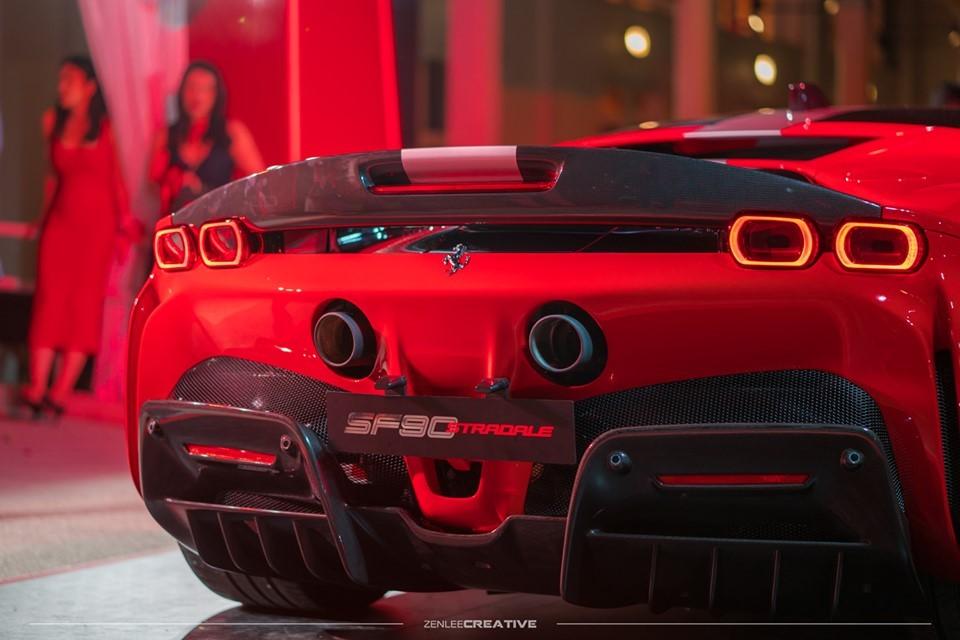 Ferrari SF90 Stradale chính là siêu xe plug-in hybrid đầu tiên trong lịch sử của hãng siêu xe Ý