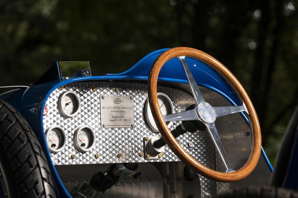Hệ thống lái đậm chất cổ điển của Bugatti Baby II