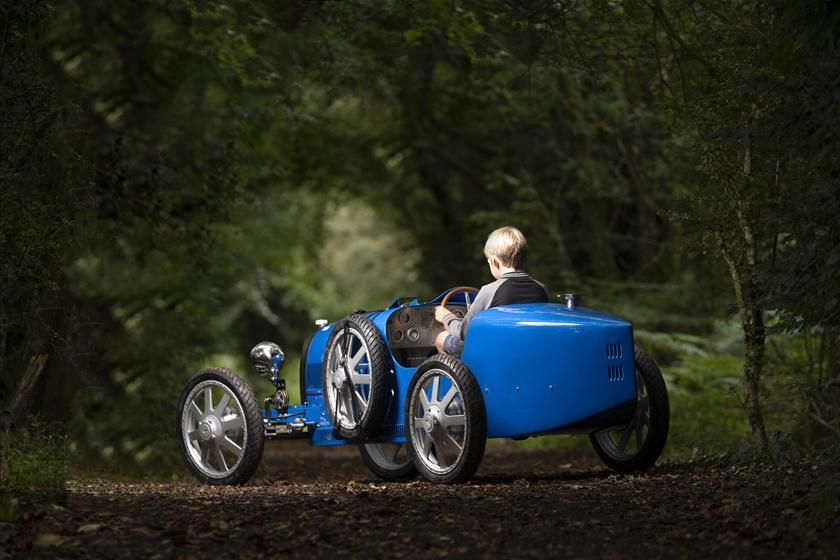 Bugatti Baby II đúng là một món đồ chơi dành cho các rich kid đích thực