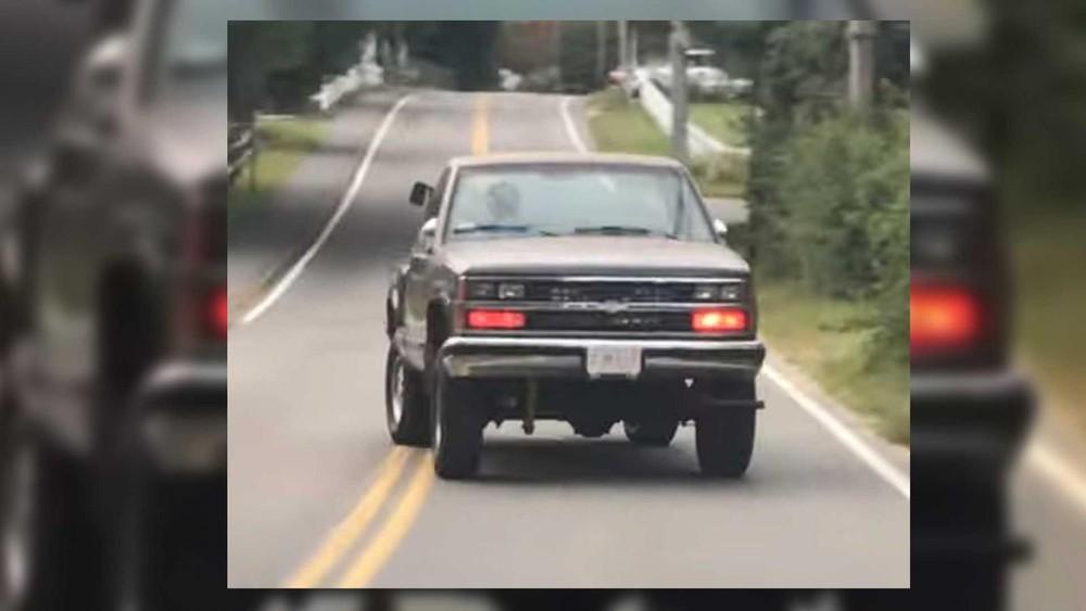 Chắc hẳn nhiều người sẽ cảm thấy bối rối khi thấy một chiếc xe thế này