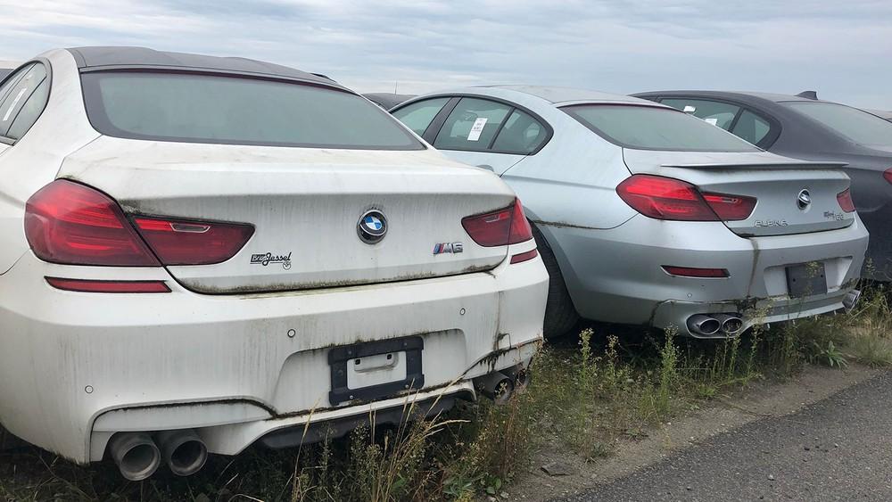 Những chiếc BMW và Mini này đã bị xuống cấp nặng