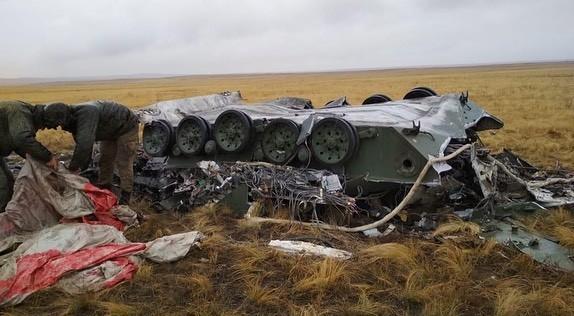 Chiếc xe bọc thép bị biến dạng hoàn toàn sau vụ tai nạn