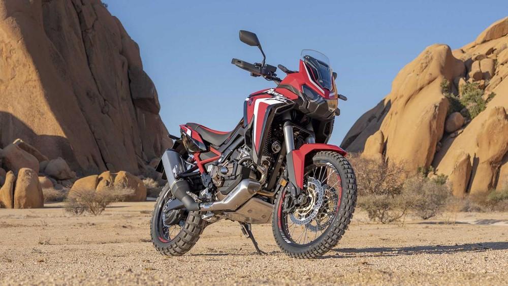 Là thế hệ mới của dòng adventure touring Africa Twin, Honda Africa Twin 1100 2020 mang trên mình dáng vẻ hoàn toàn mới nhờ nâng cấp về mặt thiết kế, tạo nên sự khác biệt so với thế hệ cũ